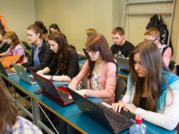 Ülikoolid-panustavad-ühiselt-ettevõtlusõppesse_Foto_Andres-Tennus1.jpg