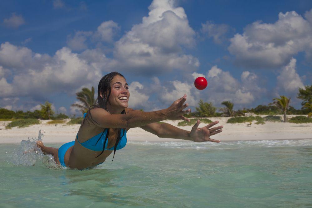 Kas sina oled kunagi mõelnud, et pall võiks veepinnal põrgata?