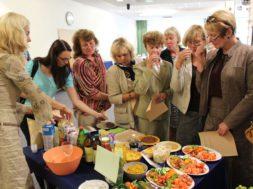 Ettevõtlike-Daamide-Assotsiatsioon-viisi-toitlustajad-kokku-mahetootjatega.jpg