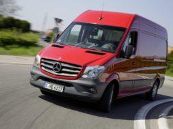 Mercedes-Benz_Sprinter.jpg