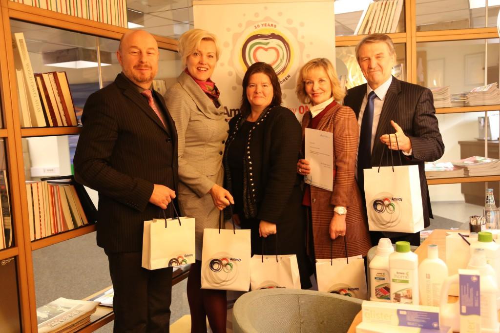 Amway toetas ülemaailmsel lastepäeval Eesti suurperesid