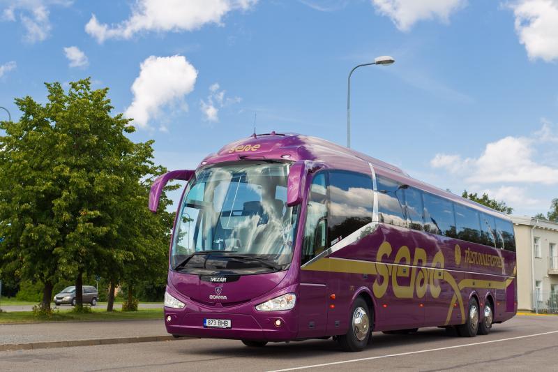 Lux Express hakkab opereerima Täistunniekspressi bussiliine