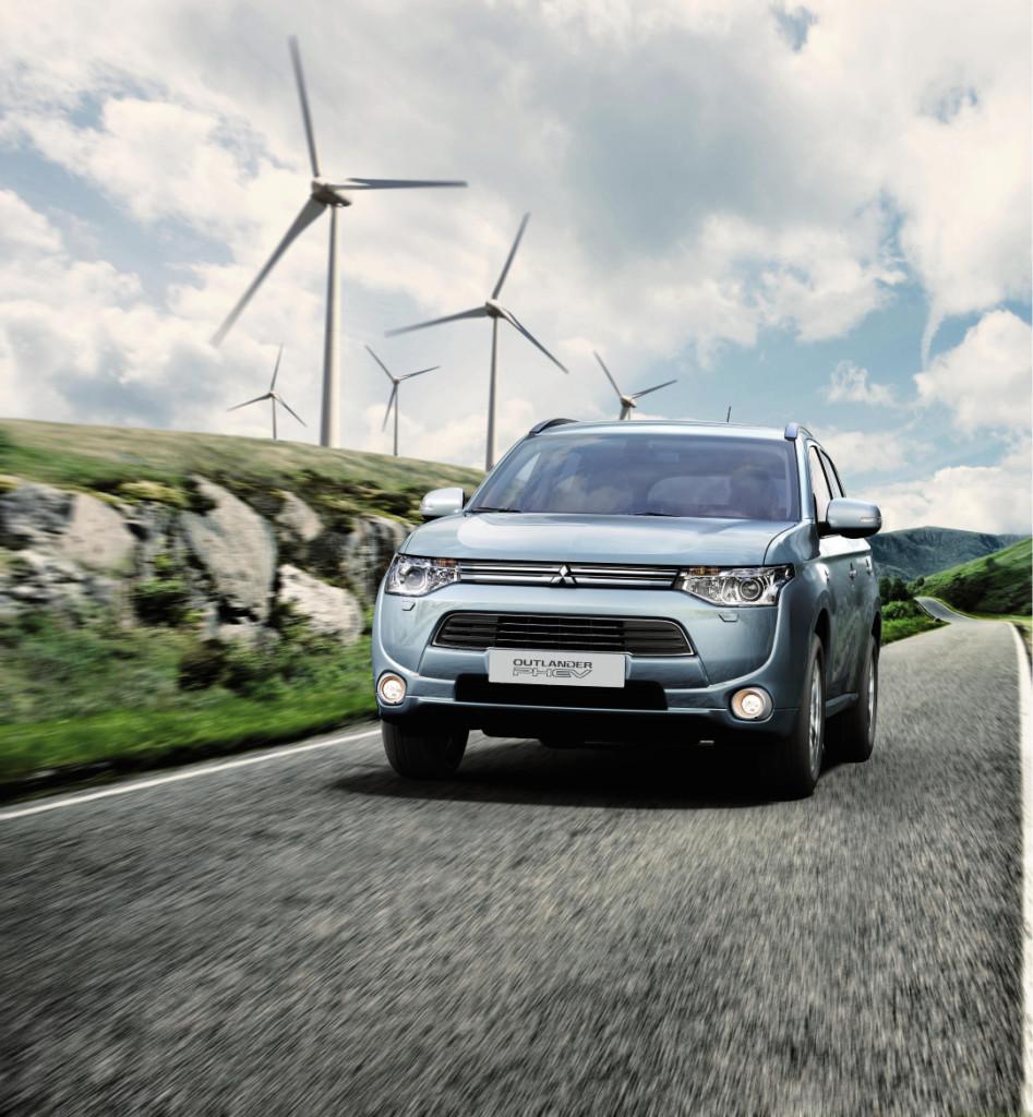 Mitsubishi Outlander pistikhübriid teenis turvalisustestis Euro NCAP maksimaalsed viis tärni