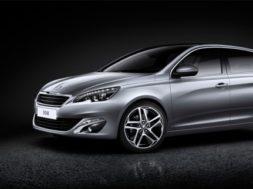 """Ajakiri-TopGear-valis-Baltikumi-""""Aasta-auto-2014""""-kõige-rohelisemaks-autoks-Peugeot-308.jpg"""