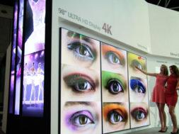 LG-esitleb-Amsterdamis-ULTRA-HD-ekraanidega-reklaamtahvleid.jpg