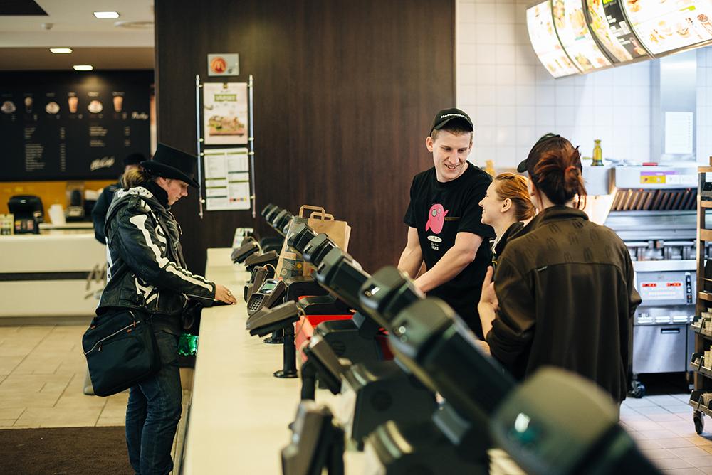 McDonald's loob ligi 200 töökohta noortele