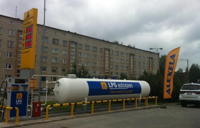 Alexela avas kaks uut vedelgaasitanklat