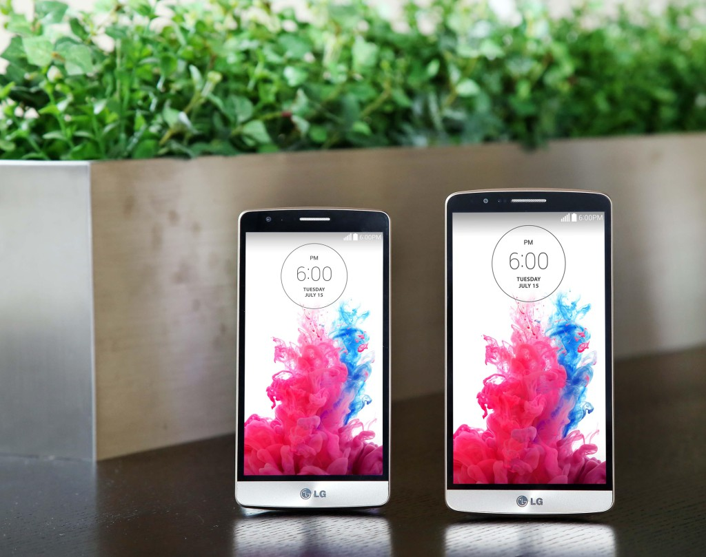 LG G3 Beat(left) and LG G3(right)
