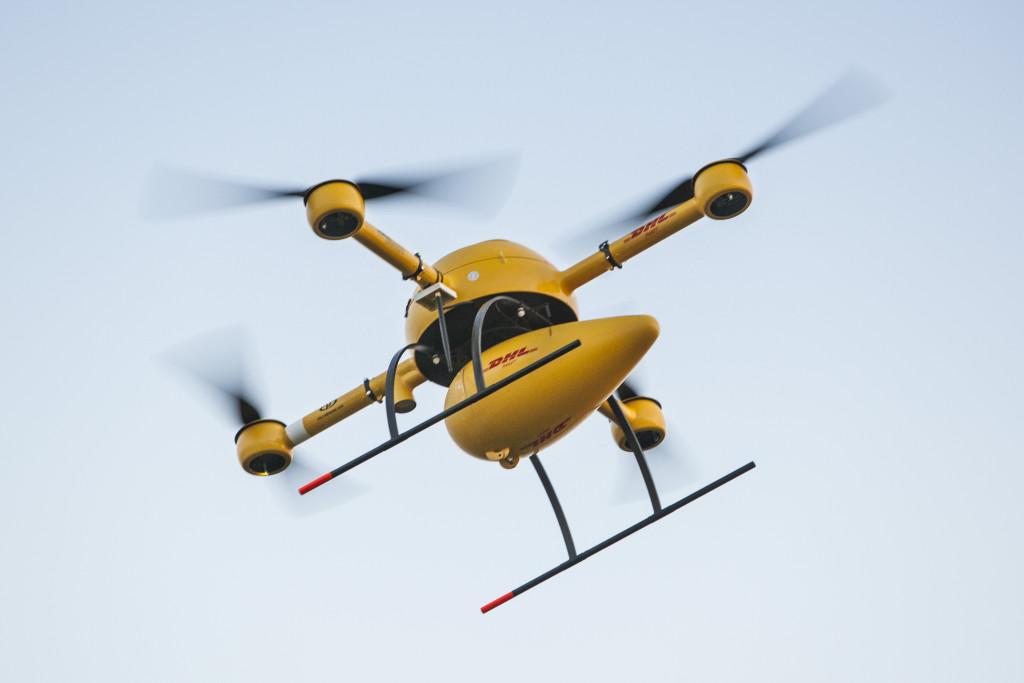 DHL katsetas Põhjameres drooniga pakivedu
