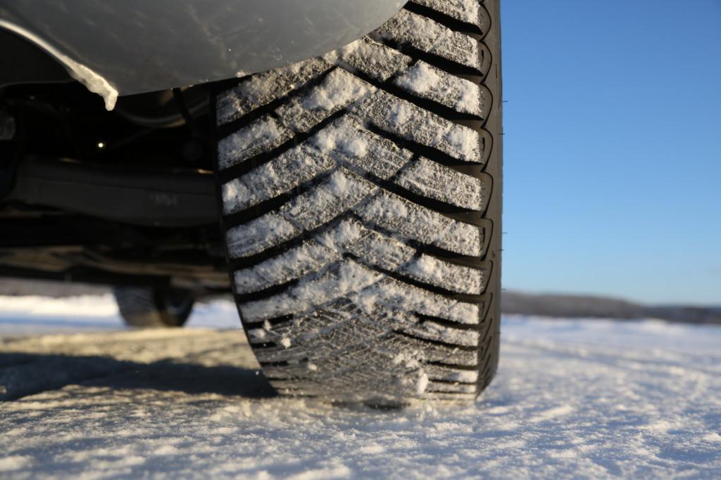 TALVEKS VALMIS? Goodyear tõi turule uue naastrehvi UltraGrip Ice Arctic SUV