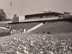 """Arhitekt-Valve-Pormeister-projekteeris-Lillepaviljoni-juurdeehituseks-kohviku-""""Tuljak""""-aastatel-1964–1965..jpg"""