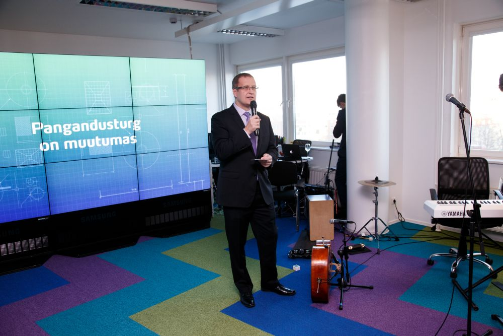 FOTOD! Bigbank tutvustas uut ärimudelit uues peakontoris