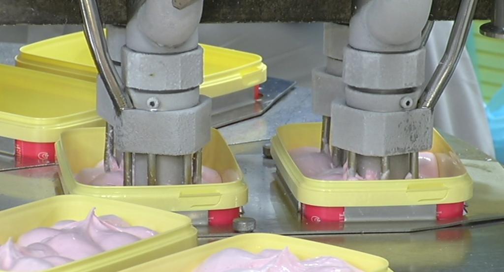 VIDEO! Balbiino töötajad võivad süüa nii palju tasuta jäätist, kui hing ihaldab!