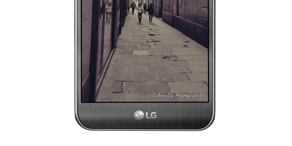LG X cam Signature
