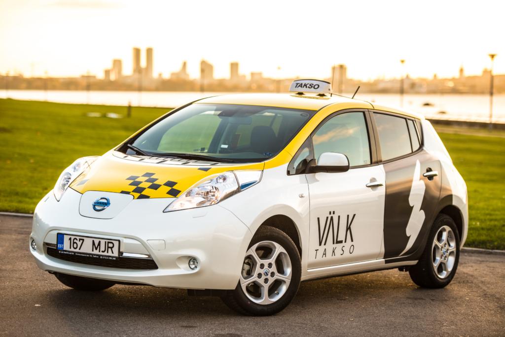 Maksa mobiiliga! Välk taksodes saab maksta mobiiliga