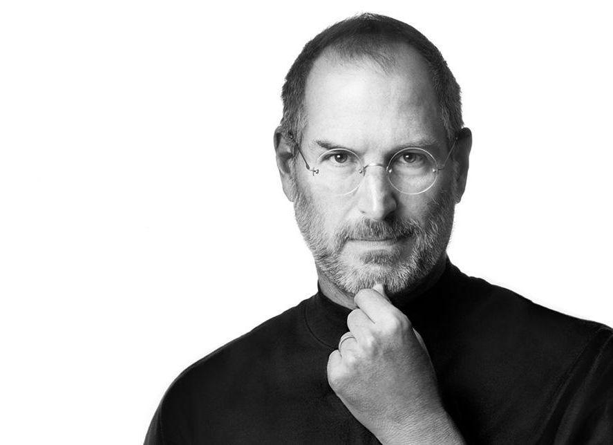 VIDEO! Vaata, kuidas Steve Jobs kümme aastat tagasi esimest korda iPhone'i tutvustas