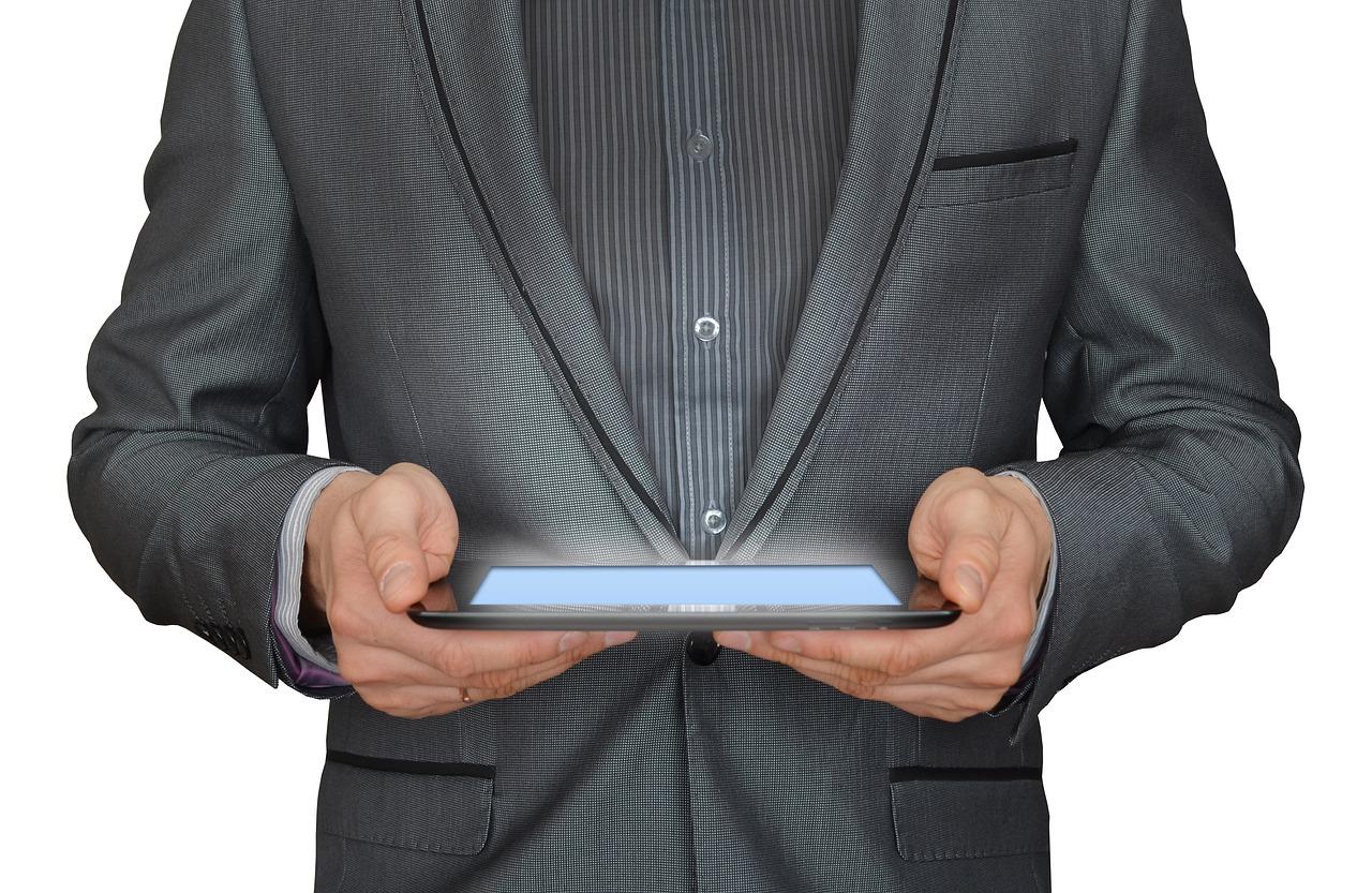 DIGITAALNE KLIENDITEENINDUS I If Kindlustus: meie klienditeenindus muutus 100% digitaalseks