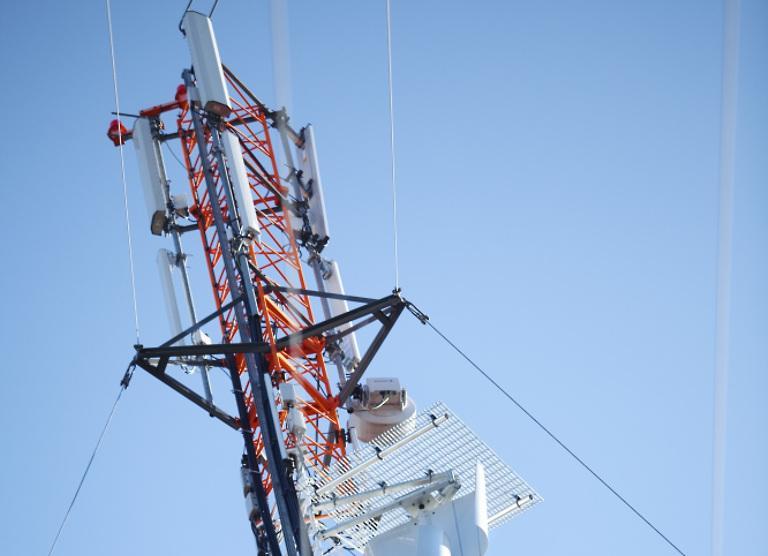 Elisa lepinguliste mobiilside ja kaabelinterneti klientide arv jätkas kolmandas kvartalis kasvu