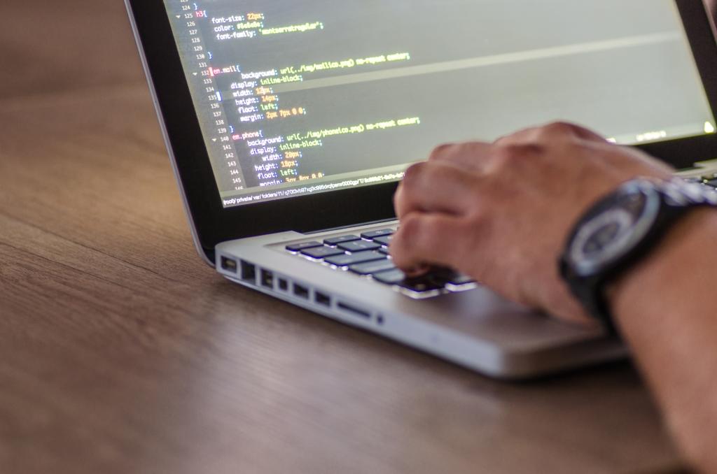 Tehnoloogiahiid paneb välja 30 miljonit ohtliku probleemi lahendamiseks