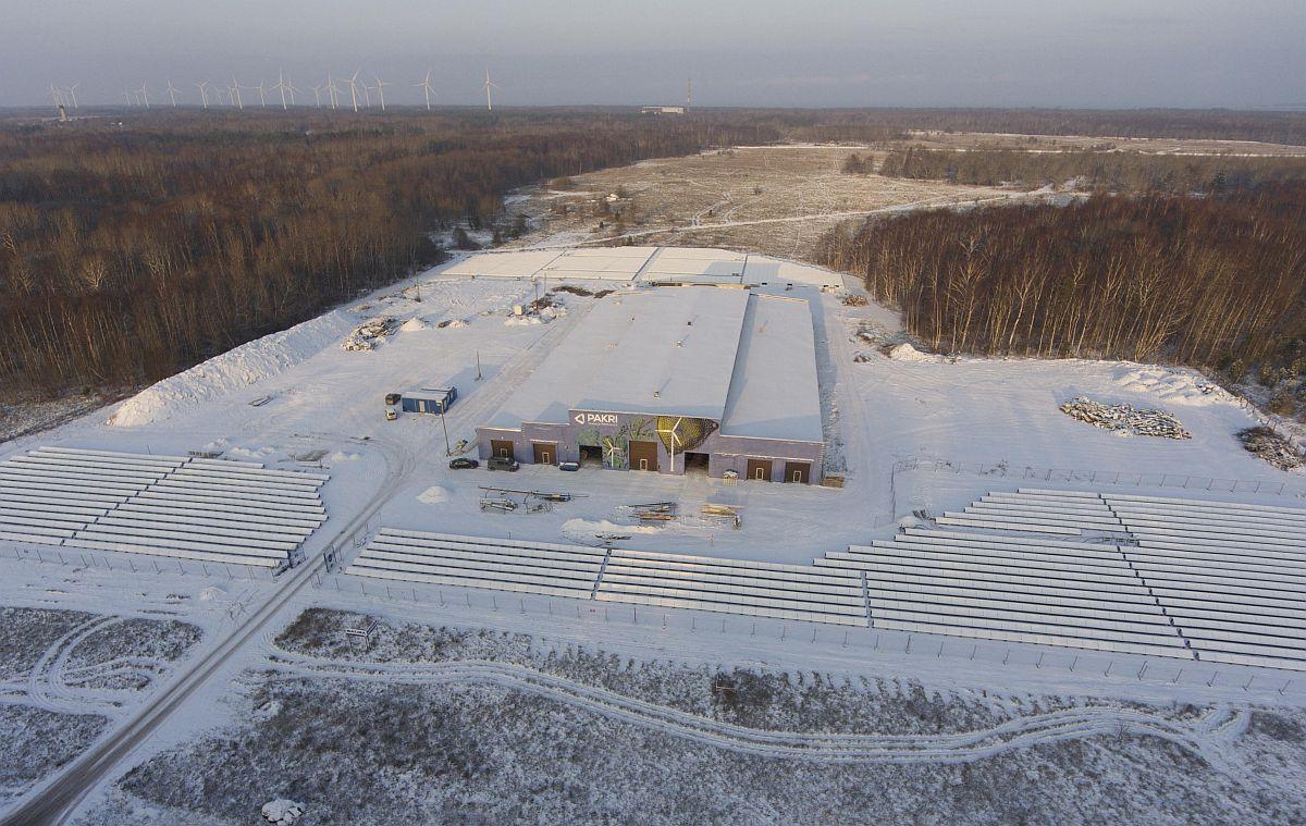 Pakril valmis uus päikesepark