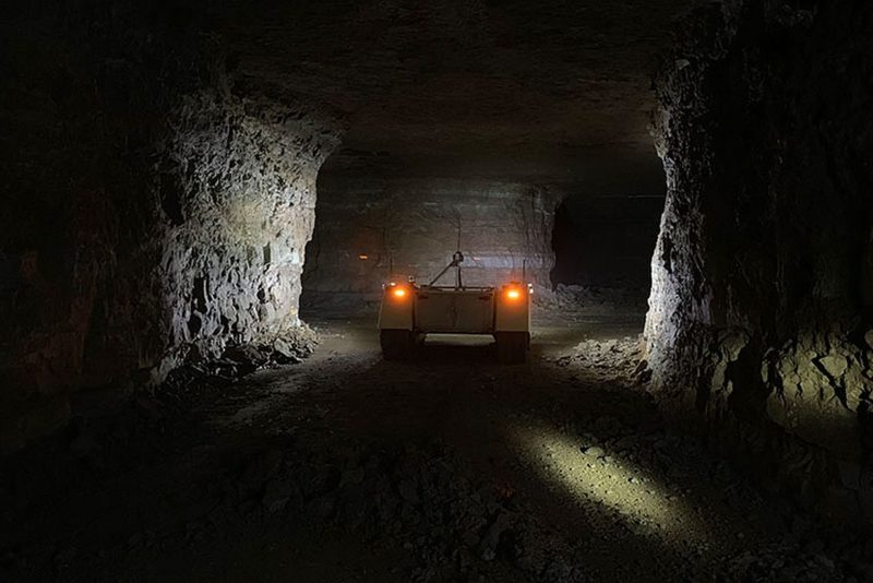 Estonia kaevanduses asus tööle robot