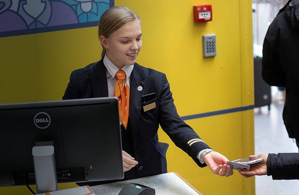 Aprillis kasvas nii Tallinna kui ka Tartu lennujaama reisijate arv