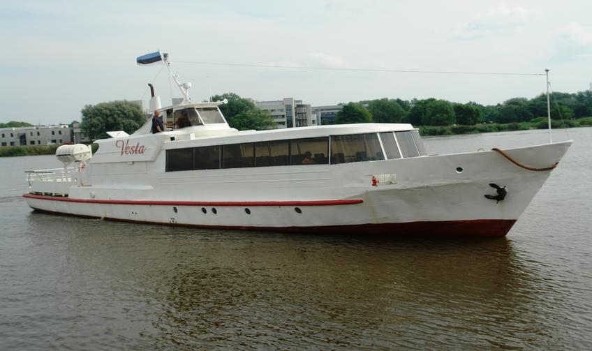 Aegnal käis mais laevaga 354 inimest