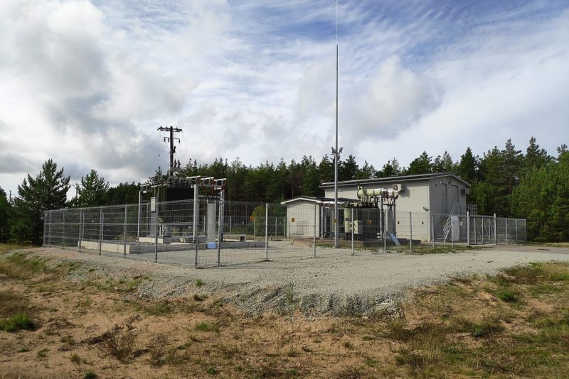 Tuultele avatud Sõrve poolsaar sai kindlama elektrivõrgu