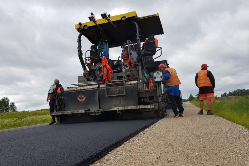 Teede Tehnokeskus arendas seadme, mis aitab vältida teede lagunemist