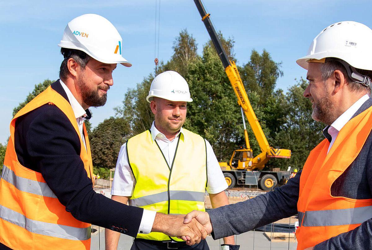 Adven pani Valmieras nurgakivi 5-miljonisele biokatlamajale