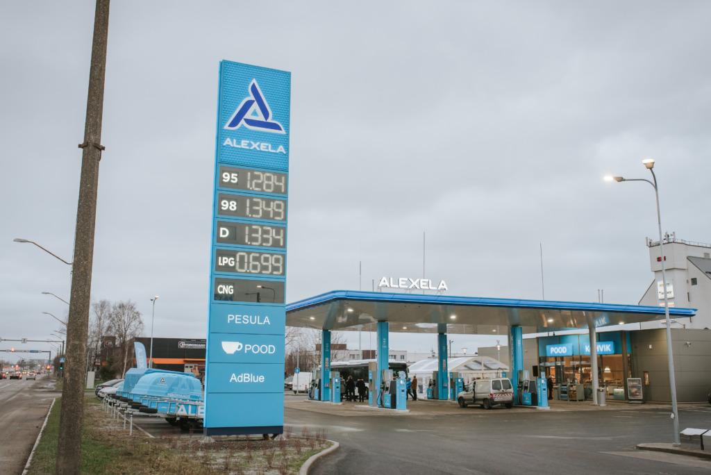Alexela tegevjuht Aivo Adamson: kinnitame, et Eestis on kütuste varustatus tagatud ning tanklates kui ka kütuse terminalides olemas piisav kütusevaru