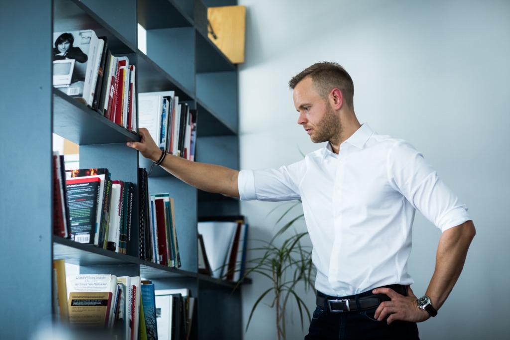 """Turundusstrateeg Timo Porval: raamat """"Titaanide tööriistad"""" on kui kõvaketas, mis on tõeliste tegijate teadmisi täis"""
