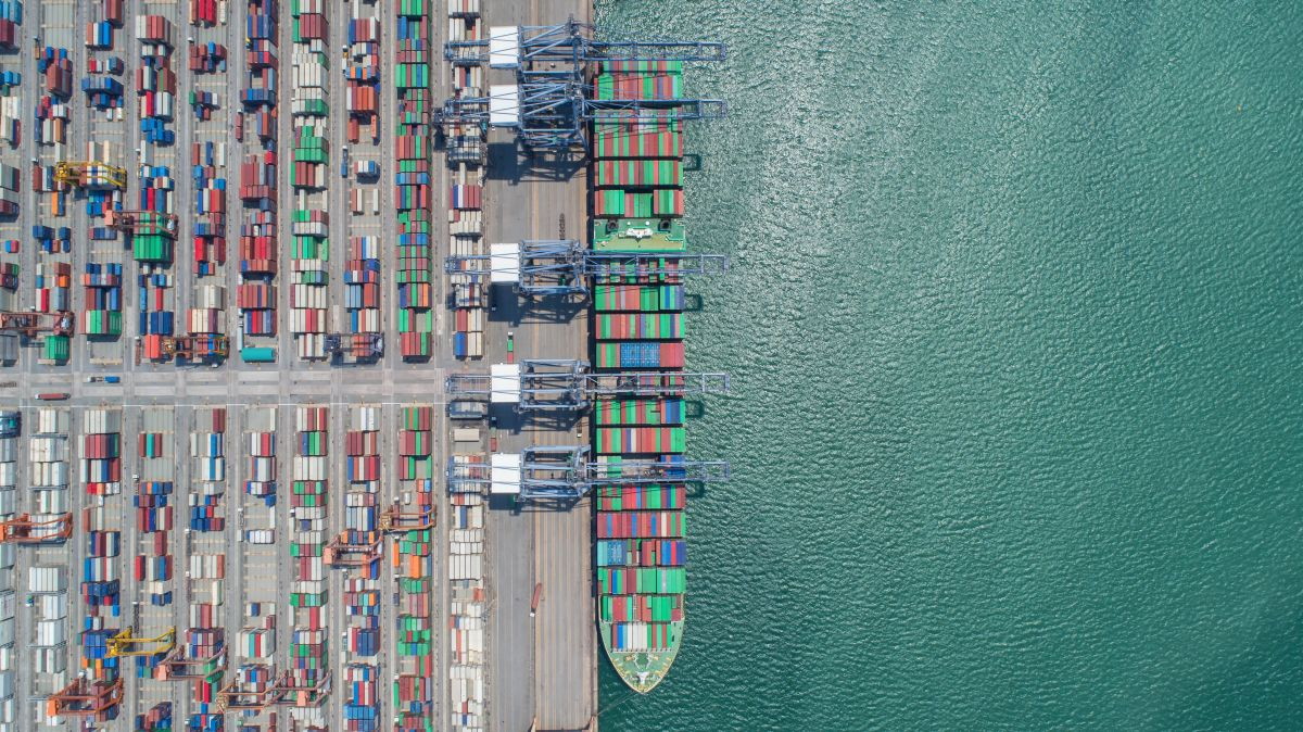 Container,Ship,In,Export,And,Import,Business,And,Logistics.,Shipping